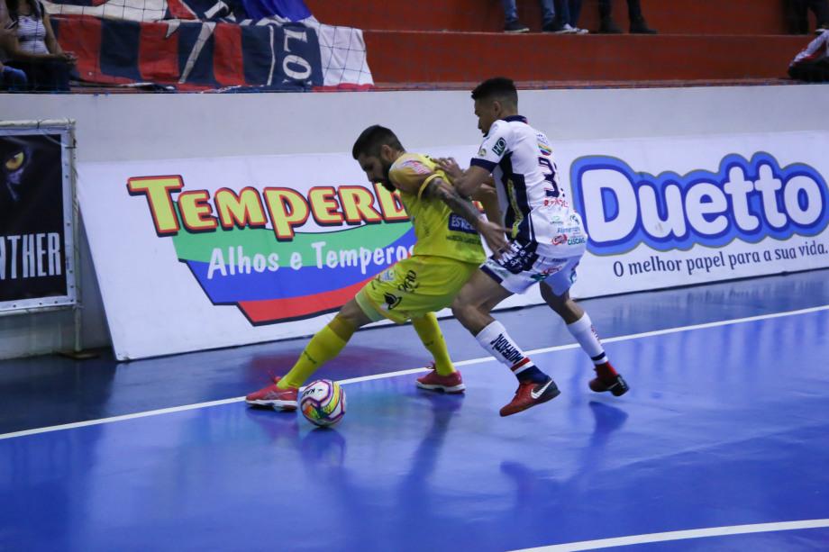 Tudo igual no clássico entre Cascavel Futsal e Marechal